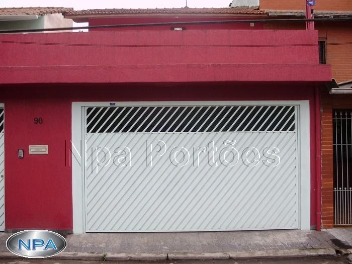 NPA 061 – Portão de Aço Lambril