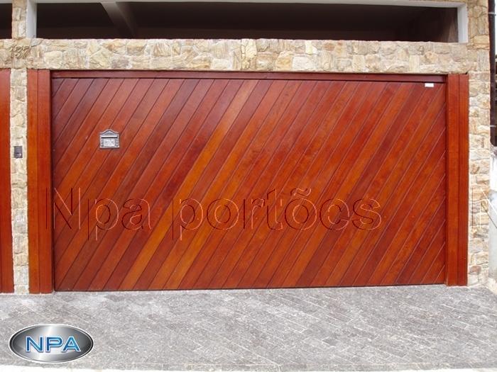 Portão de Madeira – NPA 01 – Em Diagonal