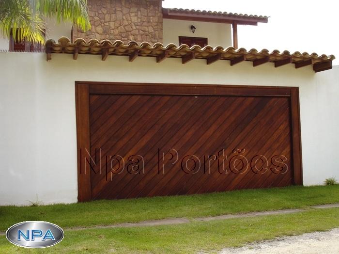Portão de Madeira – NPA 03 – Ypê – Na Diagonal