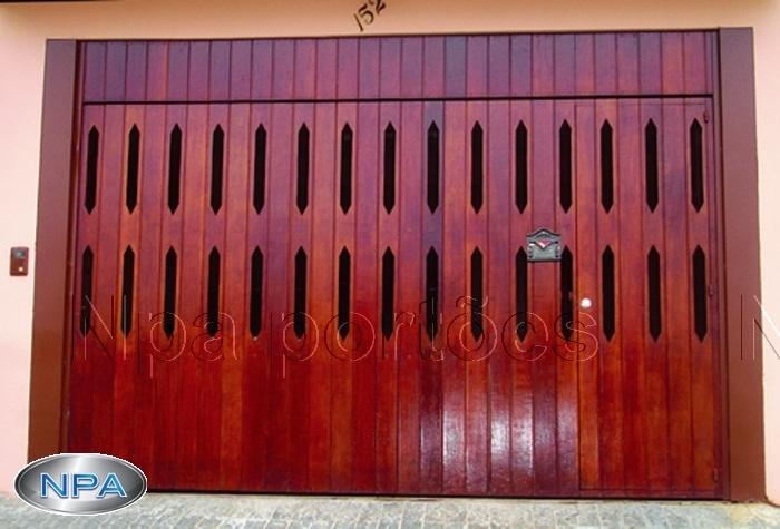 Portão de Madeira – NPA 07 – Ypê – Na Vertical