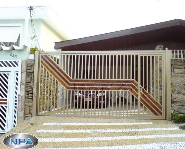 NPA 027 – Portão de Tubo e Madeira