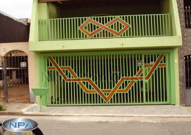 NPA 030 – Portão de Tubo e Madeira